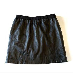 Ann Taylor Loft Black Leather Skirt Women's Size 8